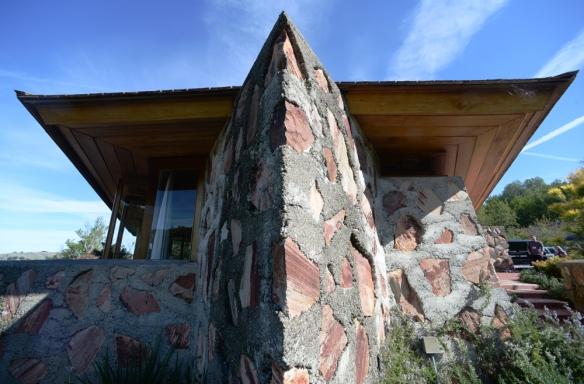 LR Berger House 014.jpg