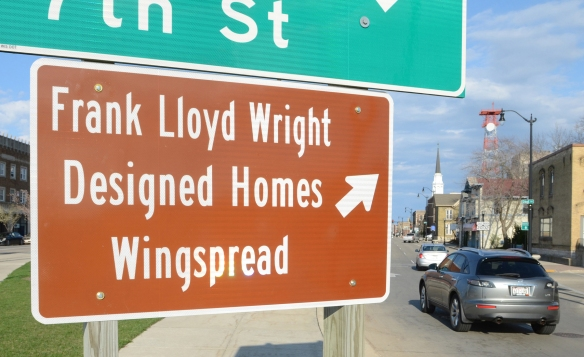 Wright Trail Sign 001.jpg