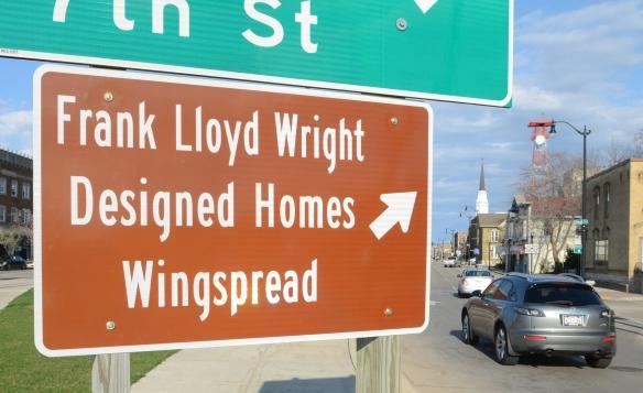 Wright Trail Sign 001.jpg