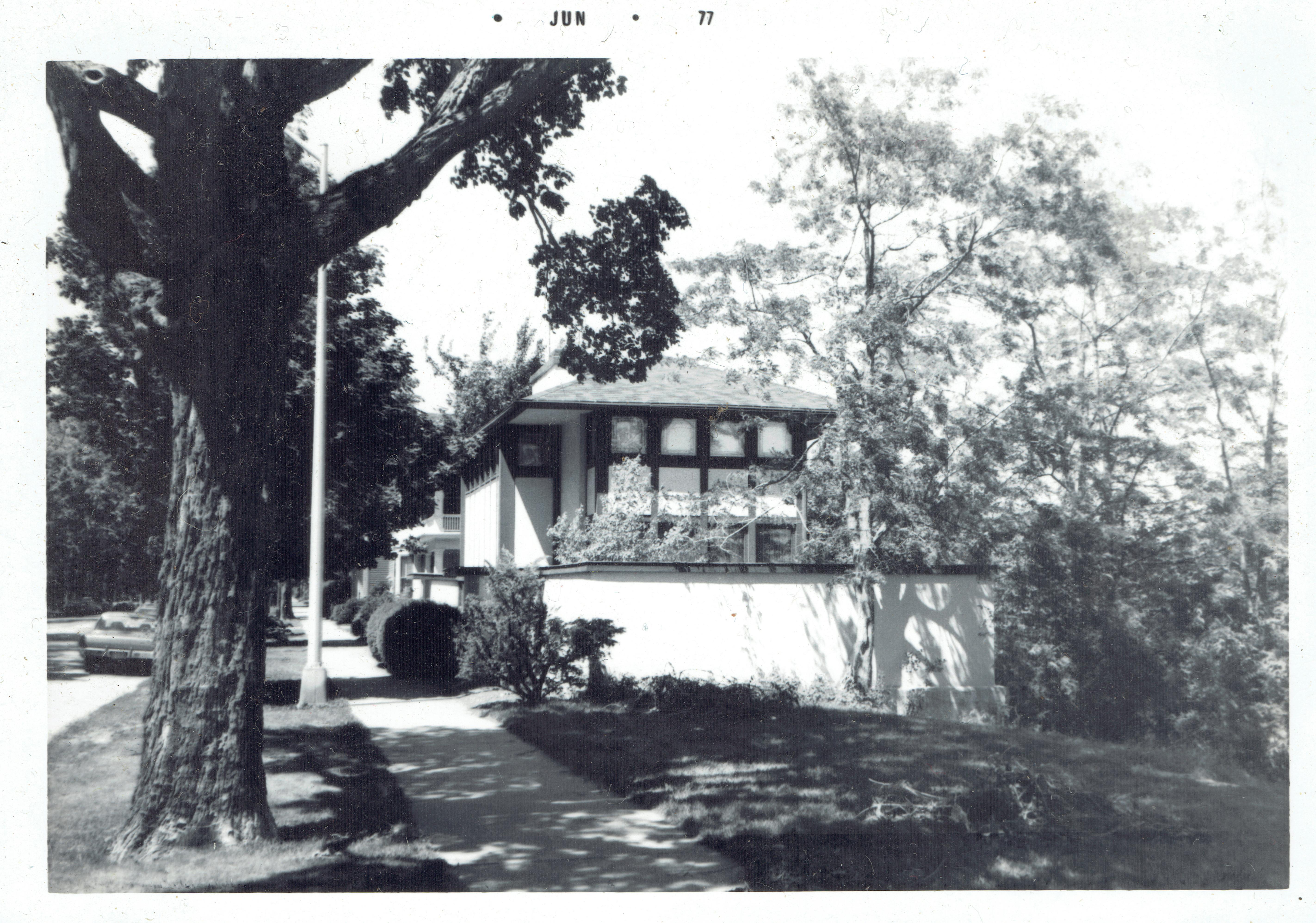 Gene Hardy 1.jpg