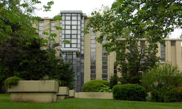 LR Richard Lloyd Jones House 013.jpg
