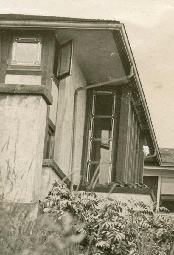 LR 1908 Hardy Side Crop.jpg