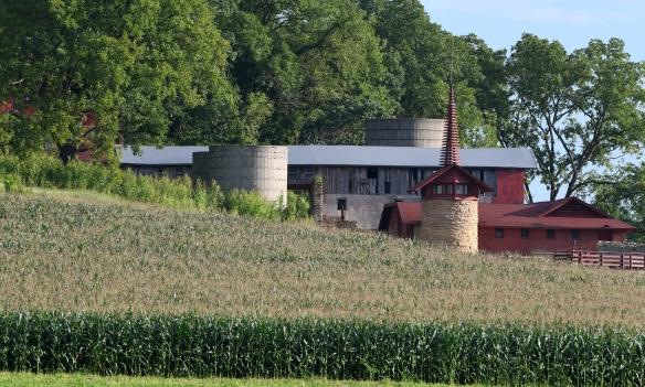 LR Midway  Barn 8.29.21 001.jpg